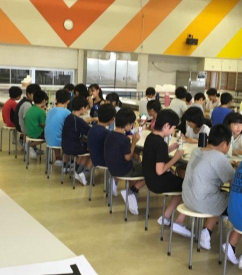 2日目のお昼ご飯です❗️