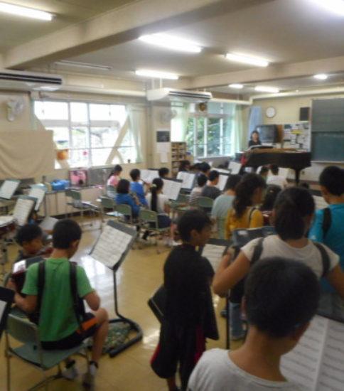 5年生 『芝富士っ子コンサート』に向けての練習中