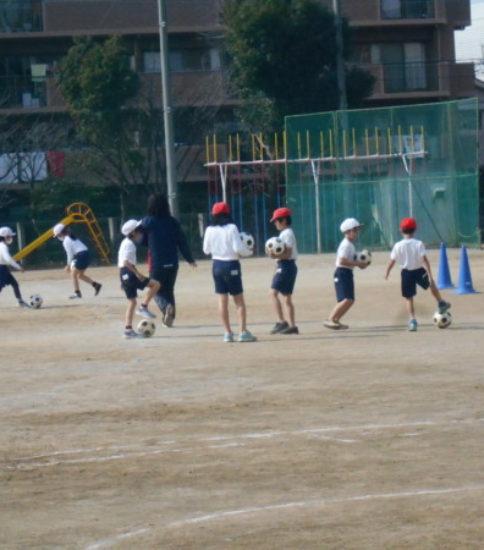 3年体育 ゴール型ゲーム・ウイングサッカー