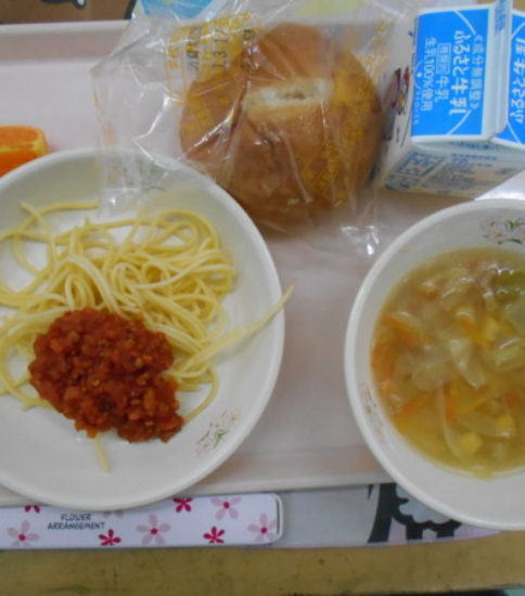 今日の給食【3月16日(金)】
