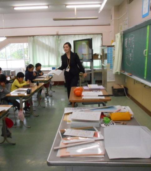 中学年 授業参観風景