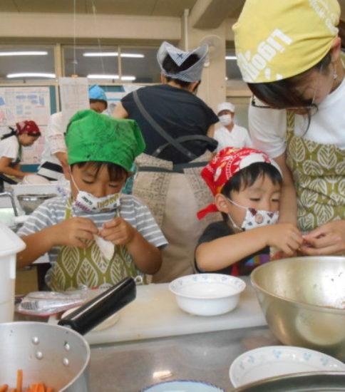 夏休み親子料理教室(4)